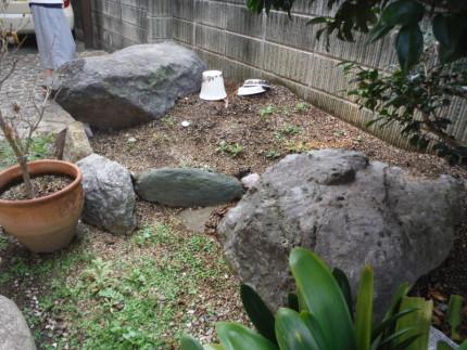 小牧市の庭石撤去