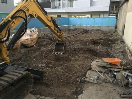 名古屋市西区の土間コンクリート撤去