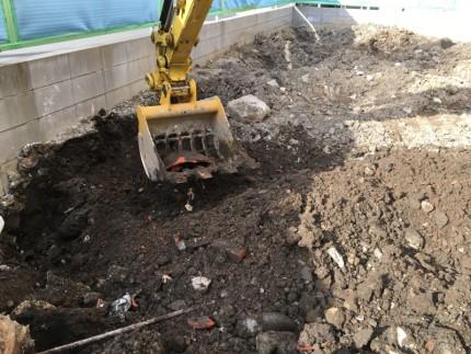 コンクリートがれき撤去 名古屋市西区