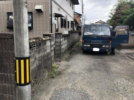 狭い道での解体作業|岐阜市のブロック塀撤去工事