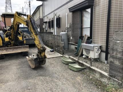 切り離し後の解体|岐阜市のブロック塀撤去工事