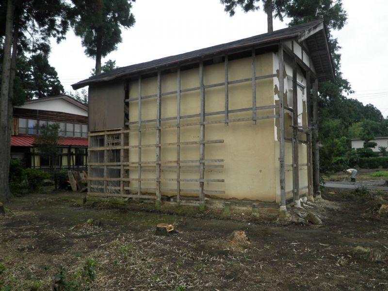 木造2階建て土蔵(蔵)の解体工事