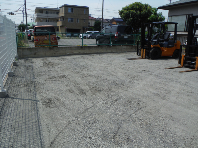 名古屋市守山区のアスファルト舗装工事【駐車場110㎡50万円】