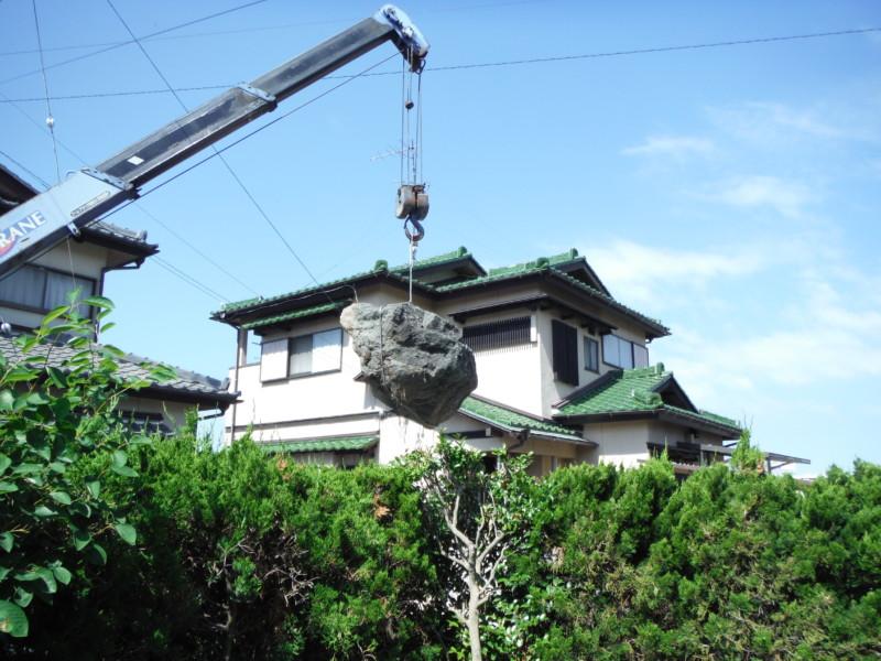 名古屋市天白区の庭石撤去処分【ユニックによるクレーン作業】