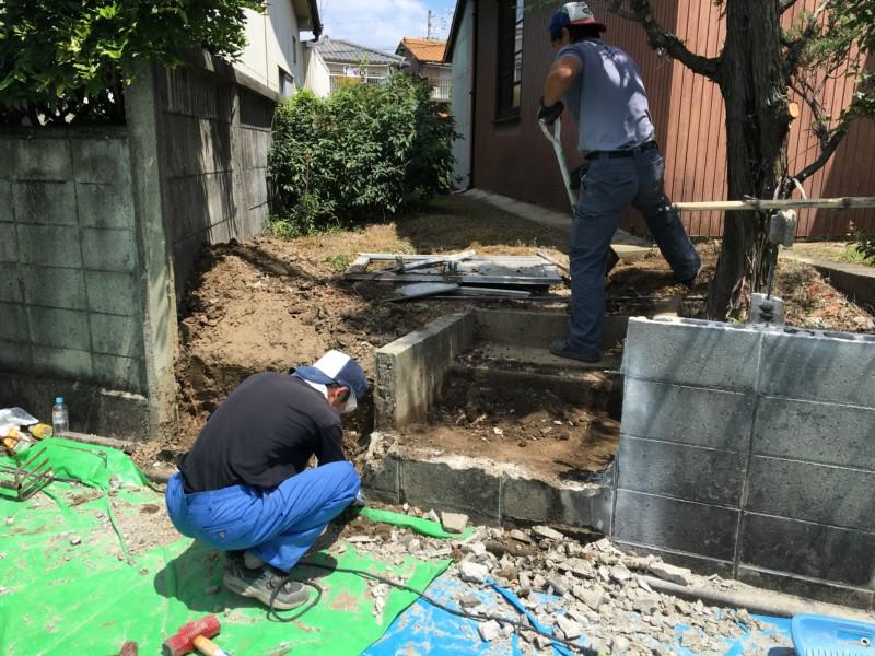 名古屋市守山区のブロック補修工事【フェンス、駐車場アコーディオン設置】
