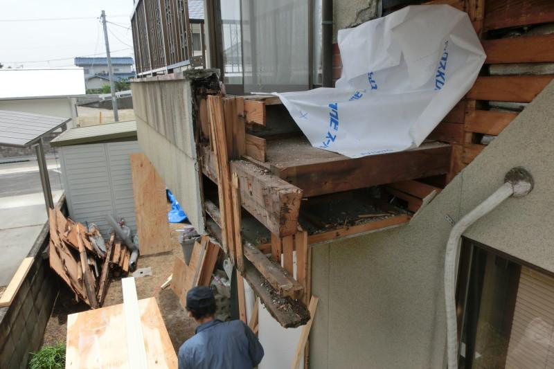 岐阜県多治見市のベランダ解体工事