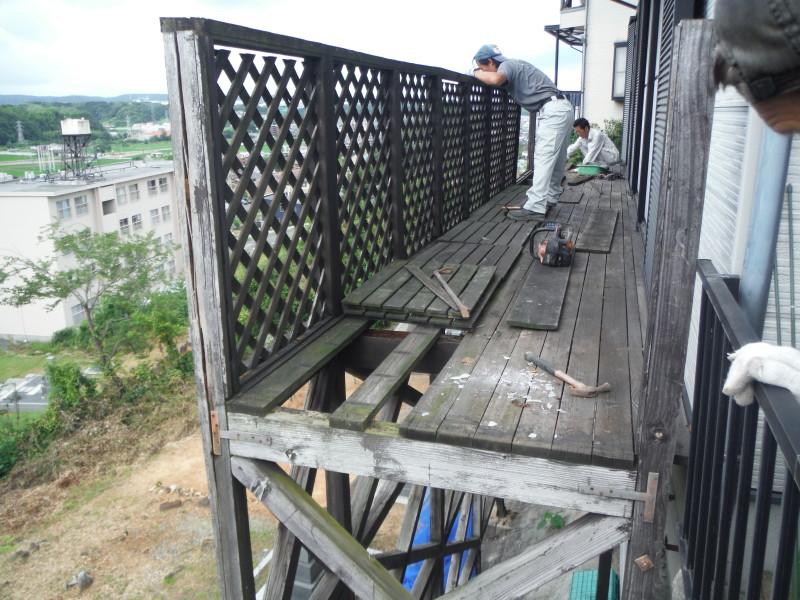 岐阜県可児市のベランダ解体工事