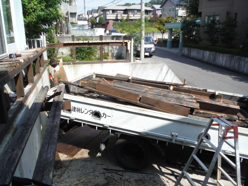 日進市のウッドデッキの解体工事