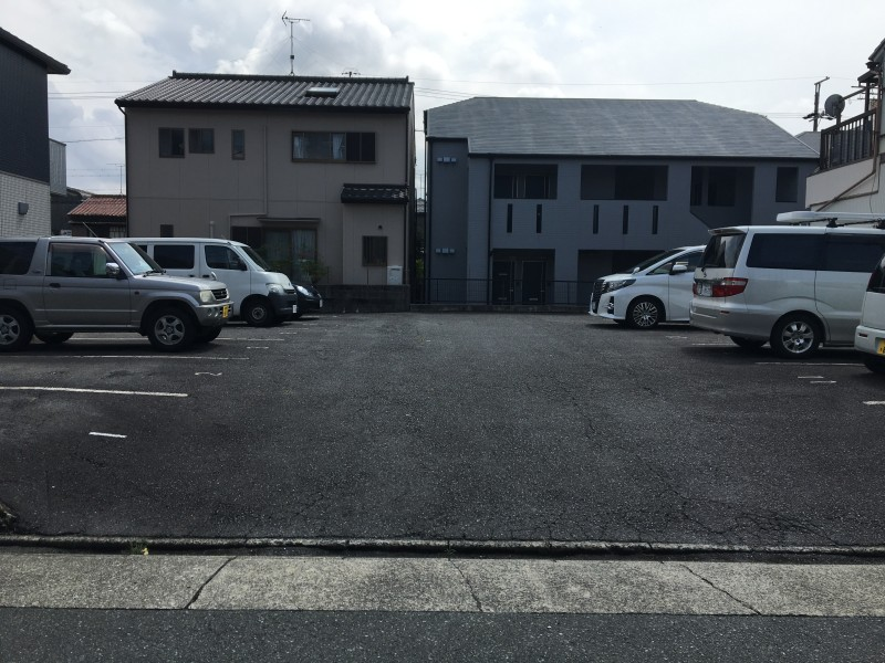 アスファルト舗装の撤去|名古屋市中村区