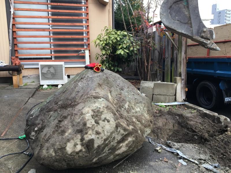 庭石の移動 名古屋市中川区