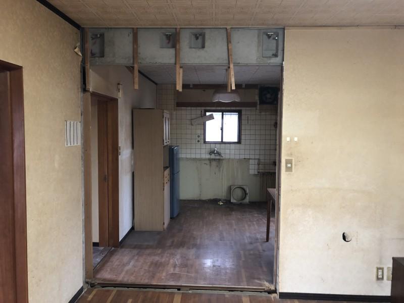 名古屋市守山区の内装解体|間仕切り壁の撤去