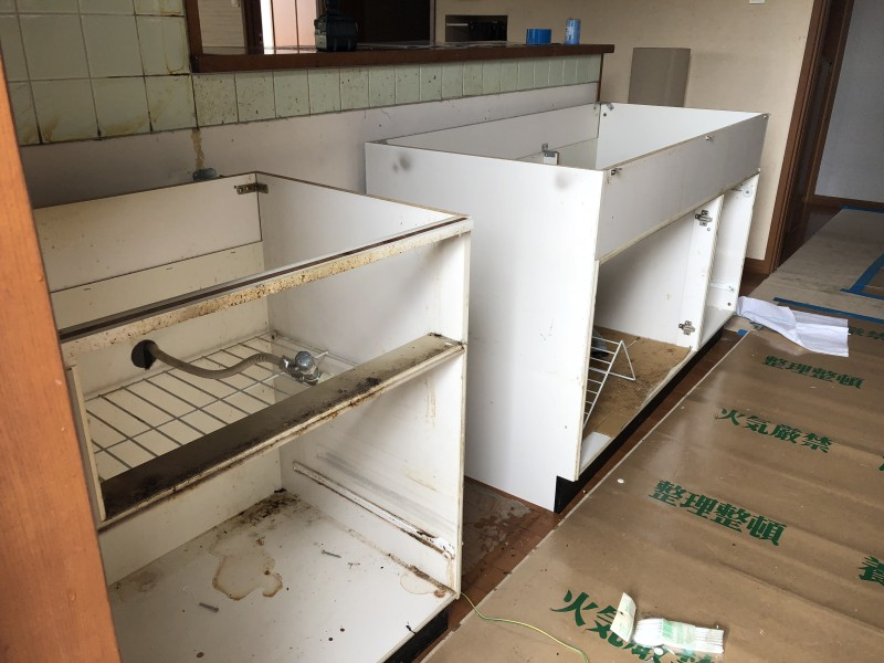 名古屋市中川区|キッチン撤去|施工中