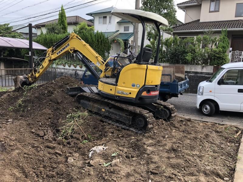 岐阜県可児市|庭の解体|駐車場の拡張|残土の撤去