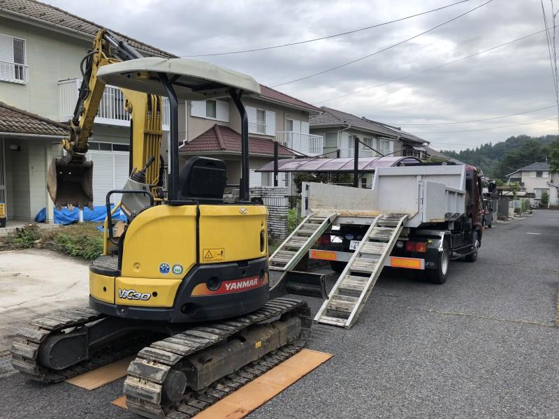 岐阜県可児市 庭の解体 駐車場の拡張 重機搬入