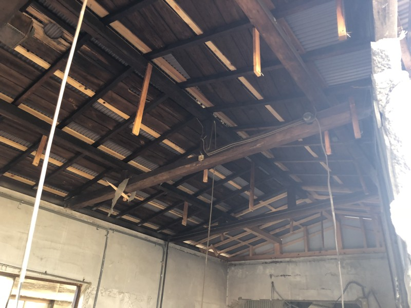 刈谷市 倉庫の解体工事 解体中