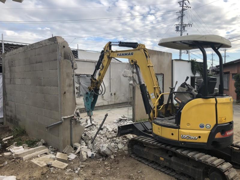 コンクリート壁の解体|刈谷市|倉庫の解体工事