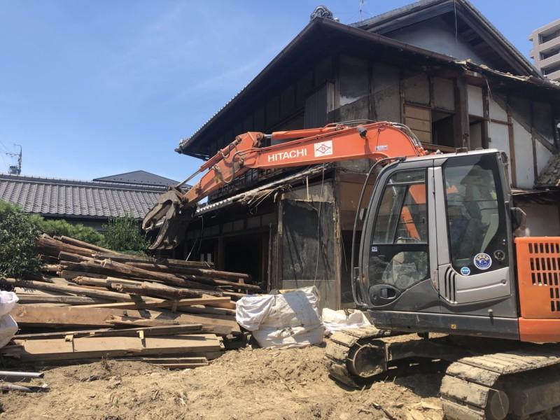 【費用事例】名古屋市北区の木造平屋住宅の解体工事【庭木、庭石】