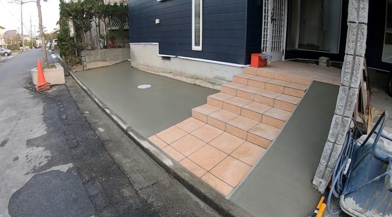 玄関前アプローチ階段をブロックでつくる